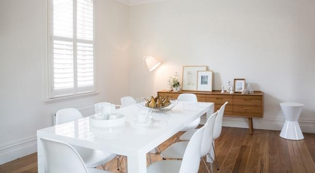 Warm and cool whites explained for Warm white or cool white for living room