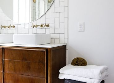 Which timber stool should you choose for your bathroom.