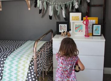 A Feather Garland you can make at home.